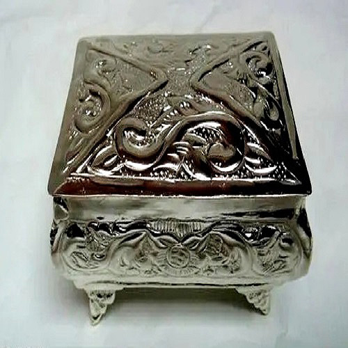Silver-Plated-Dry-Fruit-Box