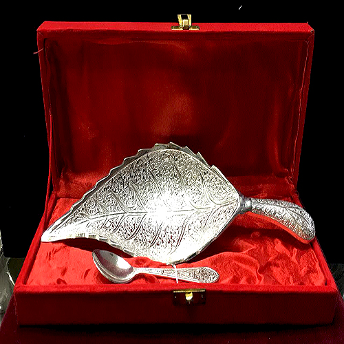 SILVER_PLATED_LEAF
